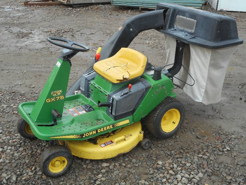 John Deere Gx75 Riding Lawn Mower