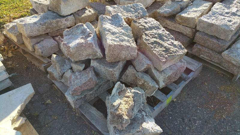 Granite Building Blocks : Granite retaining wall blocks service truck