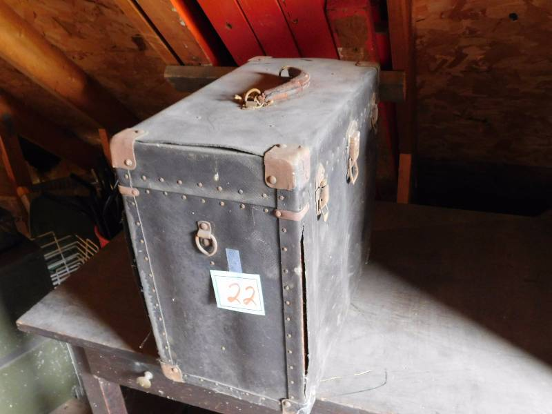 galvanized metal trunk twc bluemoon downsizing plymouth furniture antique electronics