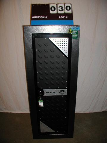 Tactical Steel Security Cabinet 16 Gun | Stack On Gun Safe Showroom Sale |  K BID