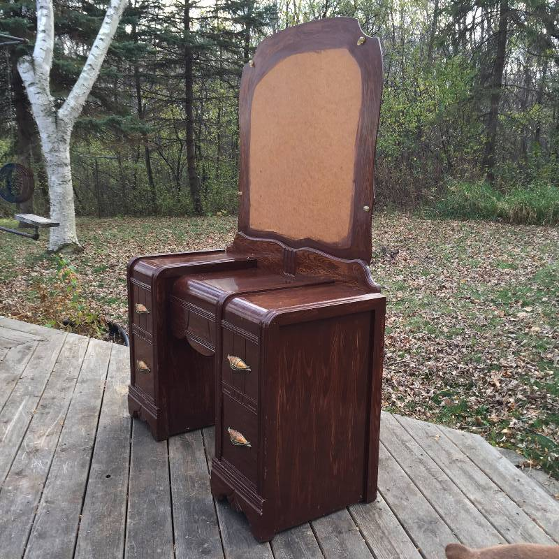 Antique Chic 1920 S Art Deco Waterfall Vanity With Mirror