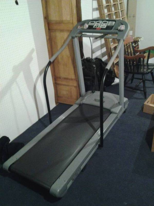 pace master pro plus treadmill holly lane moving sale. Black Bedroom Furniture Sets. Home Design Ideas
