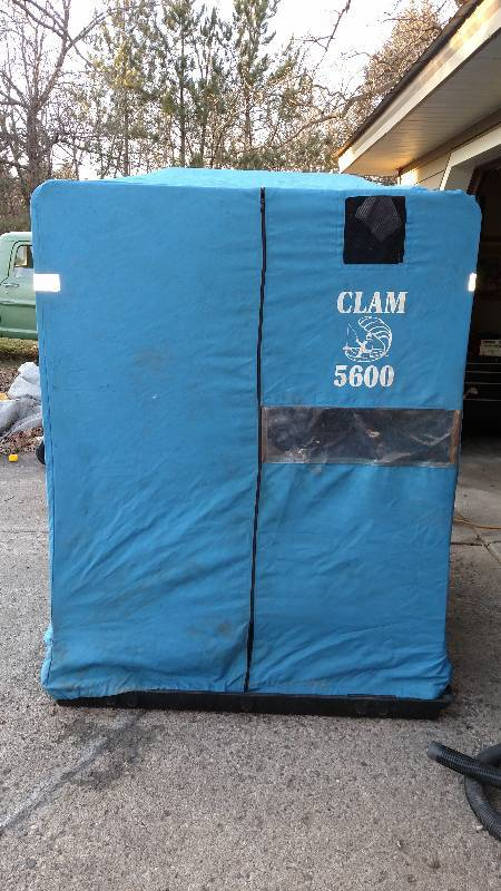 Portable fish house victory sales auctions for Portable fish house