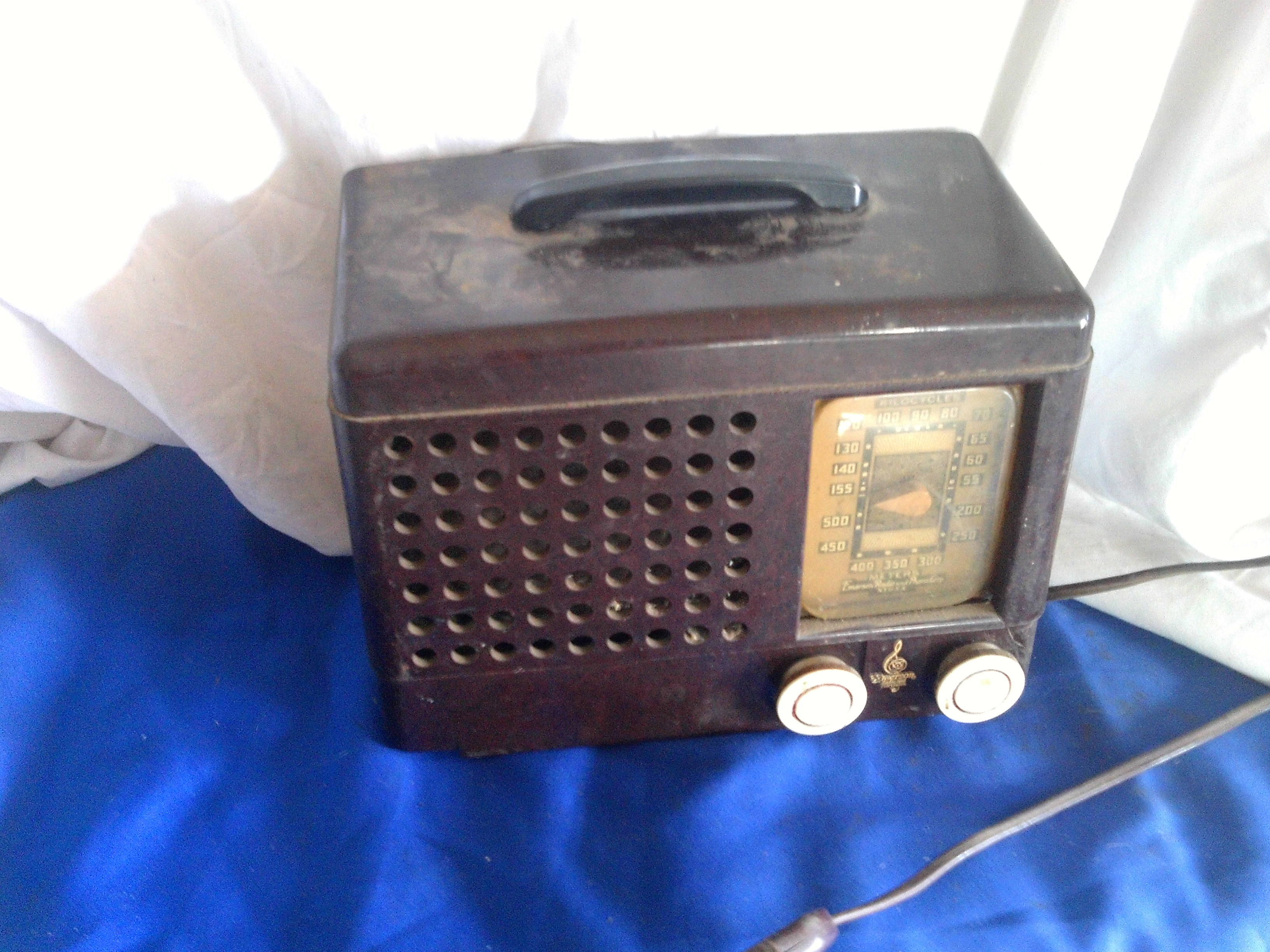 Pleace! emerson vintage radio genre
