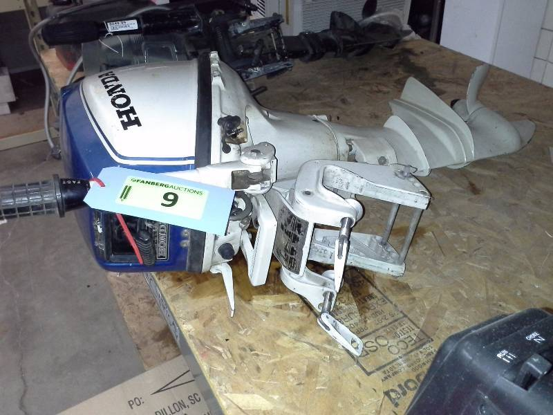Honda 75 outboard motor fridley man sale k bid for Honda outboard motor sales