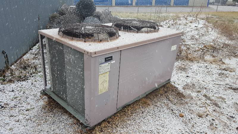 Carrier Split System Outdoor Air Conditioning Unit | Prior Lake Mini Storage  Online Auction | K BID