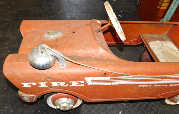 Vintage Pedal Car Parts : Vintage pedal fire car with ringing bell twc bluemoon