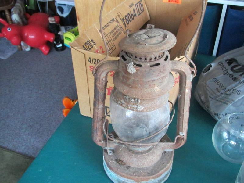 Salt Lamps Menards : Auction Listings in Minnesota - Auction Auctions - Curt D. Johnson Auction Company of Grand Forks