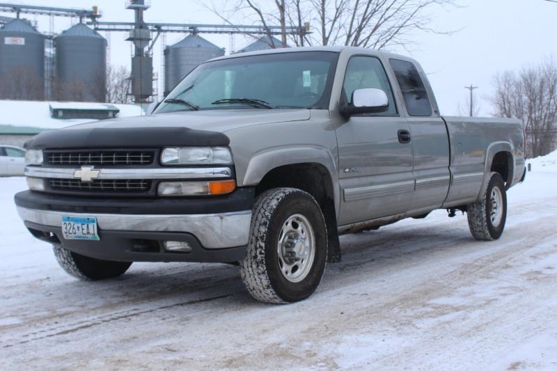 2000 chevrolet silverado 2500 lt extended cab 4x4 131 k bid. Black Bedroom Furniture Sets. Home Design Ideas