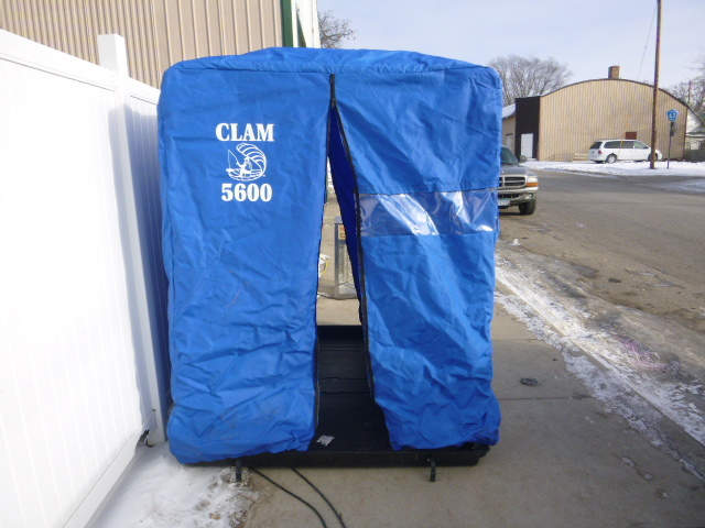 Clam 5600 portable fish house northstar kimball january for Clam fish houses
