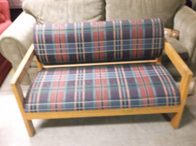 Sofa st cloud 78 st johns liquidation 5 k bid for Liquidation de sofa
