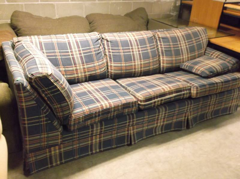 St cloud 78 st johns liquidation 5 in saint joseph for Liquidation de sofa