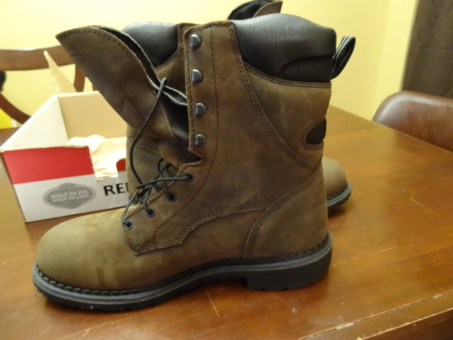 red wing boots k c auctions buffalo store surplus k bid. Black Bedroom Furniture Sets. Home Design Ideas