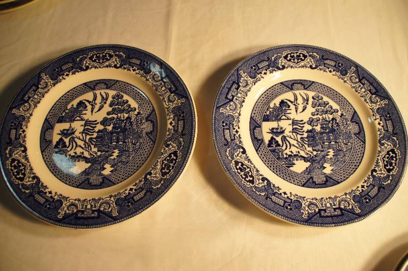 Vintage Blue Willow Dinner Plates Set of 2 Willow Ware Royal China Underglaze k55 \u0026 55 | VINTAGE AND COLLECTIBLE ANTIQUES AUCTION - FISHING LURES JEWELRY ... & Vintage Blue Willow Dinner Plates Set of 2 Willow Ware Royal China ...
