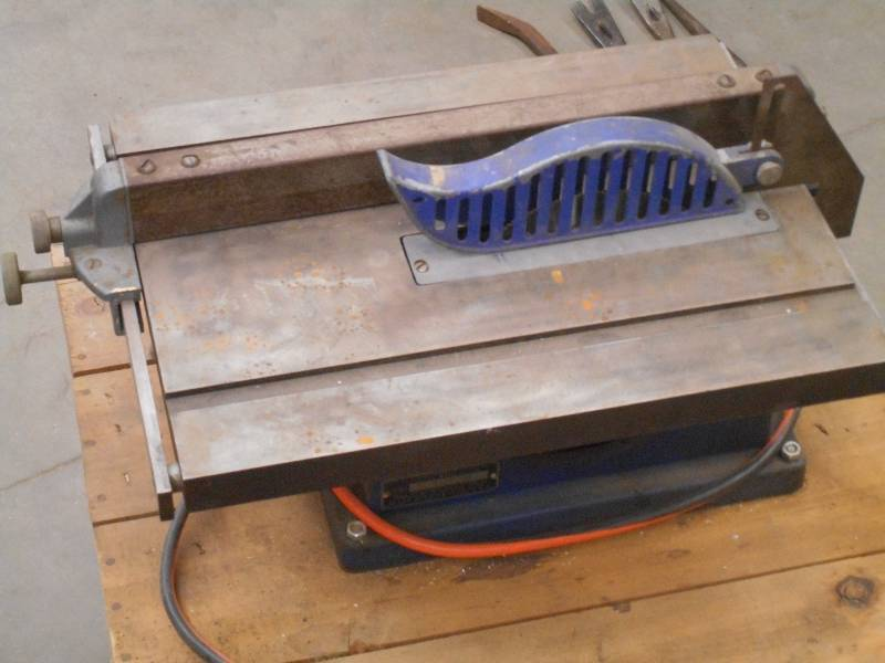 Companion Benchtop Table Saw With W Loretto Equipment 287 K Bid
