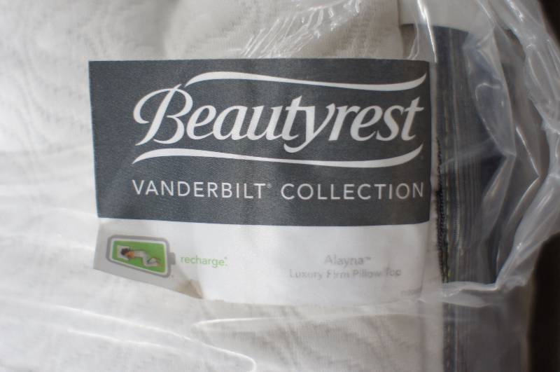 Simmons Beautyrest Vanderbilt Collection Recharge Alayna