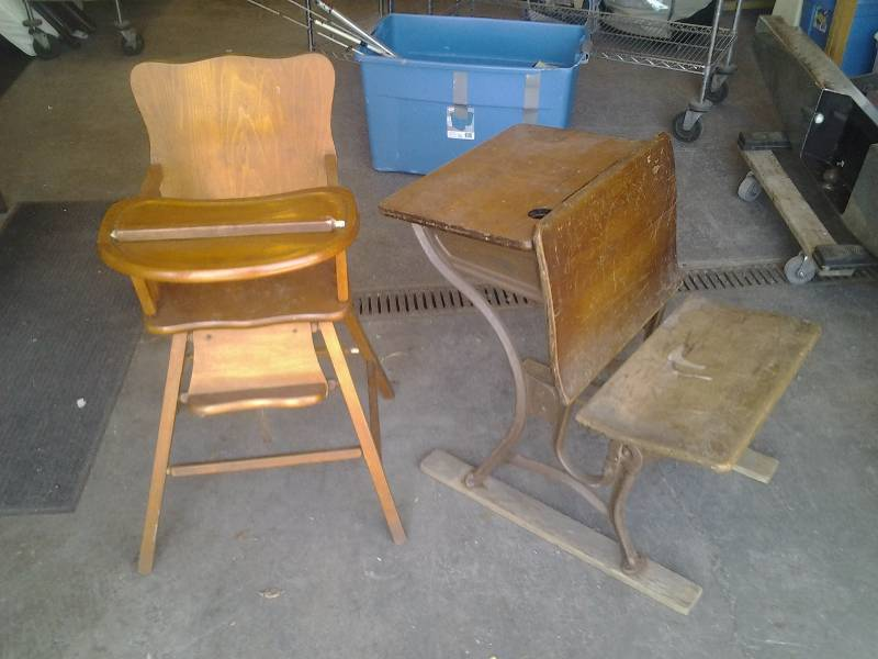 Vintage Wood School Desk-American Seating Company #3 & High Chair |  Furniture, Appliances, Lawn Care And Household Consignments | K-BID - Vintage Wood School Desk-American Seating Company #3 & High Chair