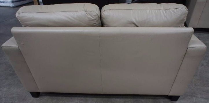 High end merano leather love seat name brand furniture for High end furniture brand names