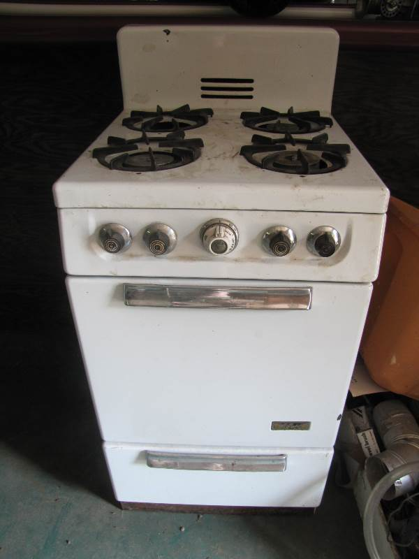 vintage apartment size gas stove antiques household tools sale