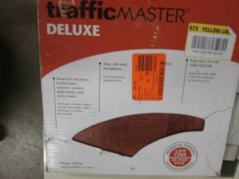 Traffic Master Deluxe 12 In X 12 I Flooring Auction Ceramic