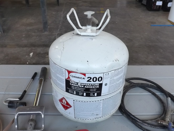 Full Tank Of Formica 200 Spray Adhesive W Gun Amp Laminating