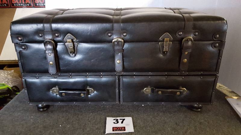 Voyager Bench Trunk Sota Surplus Auction 26 New Items