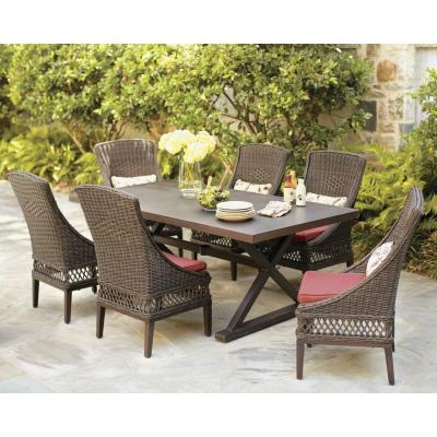 Kx real deals patio furniture auction hastings in hastings for Best deals on patio furniture sets