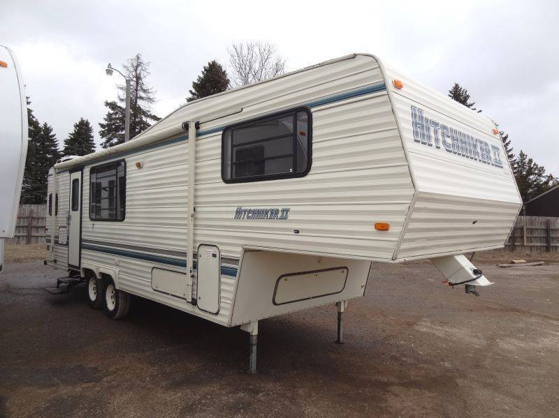 90 Nuwa Hitchhiker 29RD 5th Wheel NO RESERVE | July RV