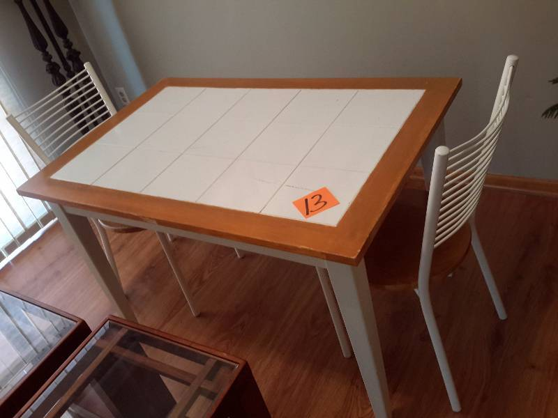 Kitchen table with ceramic inlayed center and wood border for Table no border