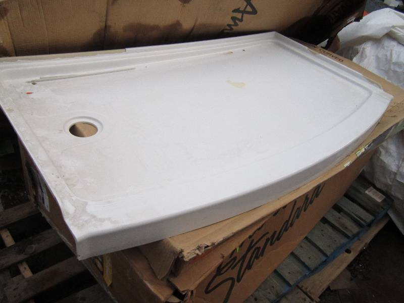 american standard model 2602st3011 ovation 30 in x 48 in single threshold shower base in arctic white chipped corner u0027
