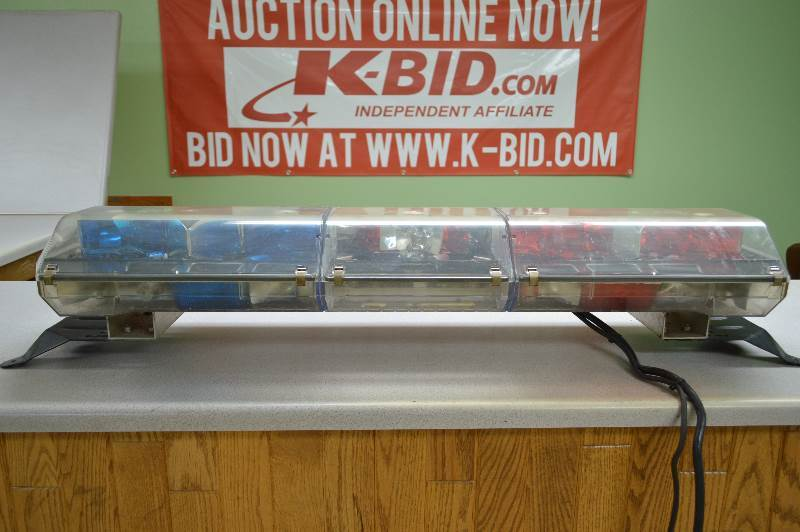 Code 3 mx strikeforce light bar used aplussellers august auction code 3 mx strikeforce light bar used aplussellers august auction k bid aloadofball Image collections