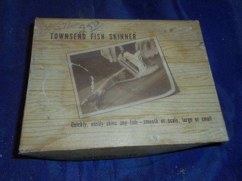 Vintage townsend fish skinner name brand tools power for Townsend fish skinner
