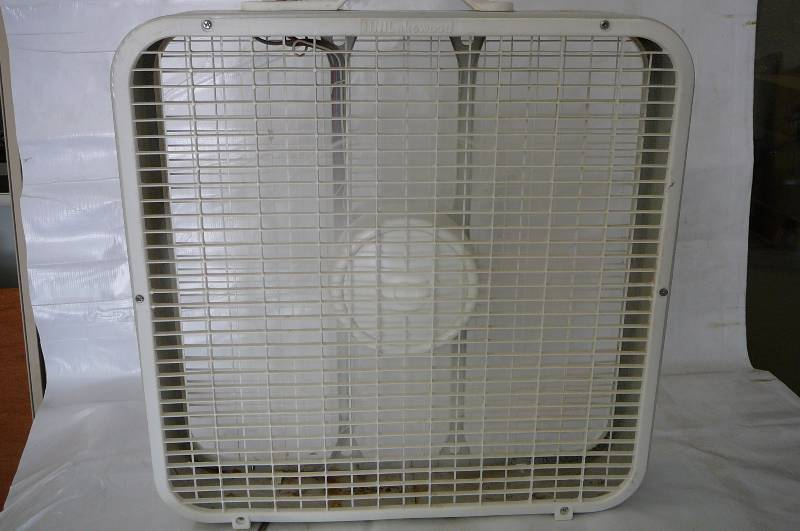 Lakewood Box Fan : Consignment sale in alexandria minnesota by kan do