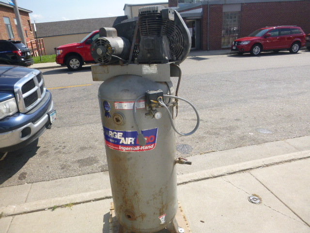 charge air pro ingersoll rand 60 gallon air compressor northstar