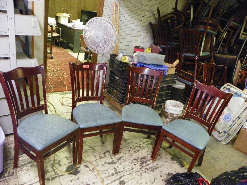 Set Of 4 Restaurant Chairs Used Wear And Tear On The Pictures Show General Lots Will Vary First Come Serve With