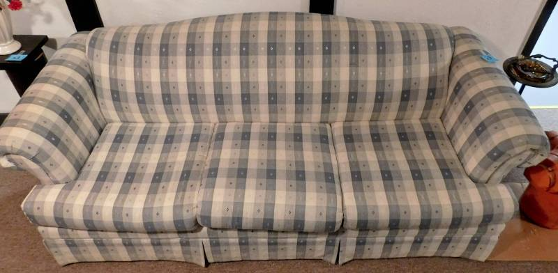 Vintage green plaid sofa in good condition twc - Plaid para sofa ...