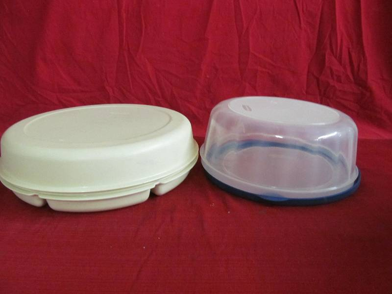 tupperware rubbermaid dishes jax of benson sale 555 k bid. Black Bedroom Furniture Sets. Home Design Ideas