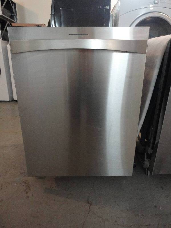Used appliances new hot water heater quam auctions for Used hot water heater
