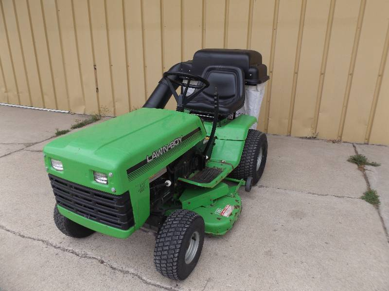 Lawn Care Equipment In East Grand Forks Minnesota By Curt