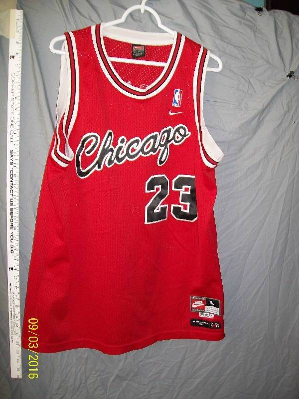 best sneakers 21894 6df21 Adult Costume/Chicago 23 Tag:L/Michael Jordan 1984. Team ...