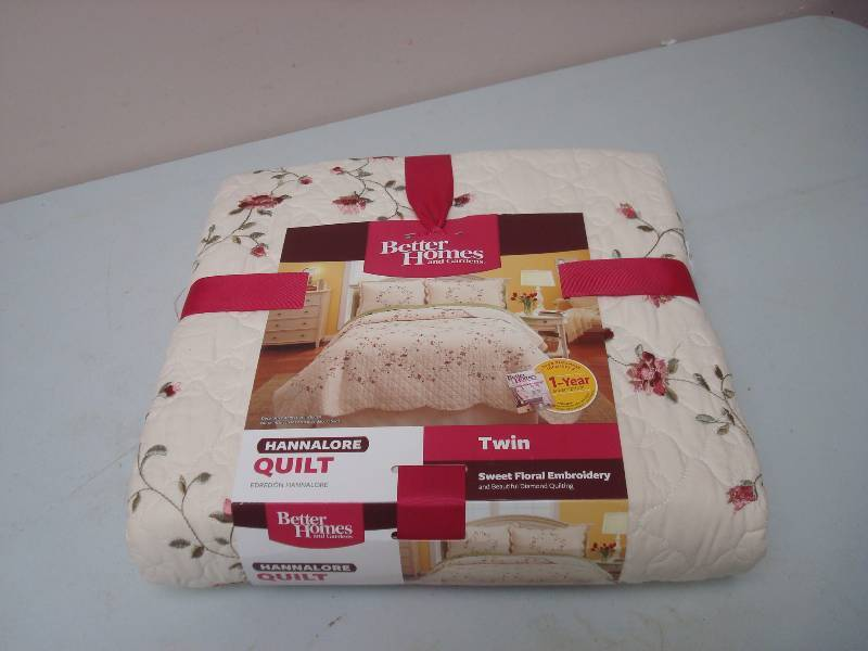 Better Homes Hannalore Twin Size Quilt, New | #87 New And ...