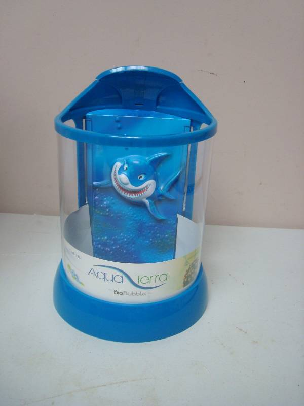 Aqua terra small shark fish tank 87 new and store Small sharks for fish tanks