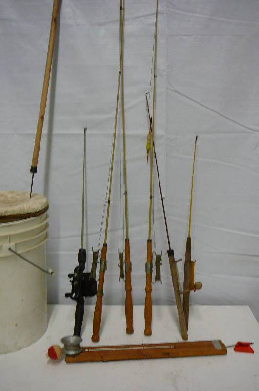 Ice fishing poles tip up bucket sporting tools snow for Ice fishing bucket