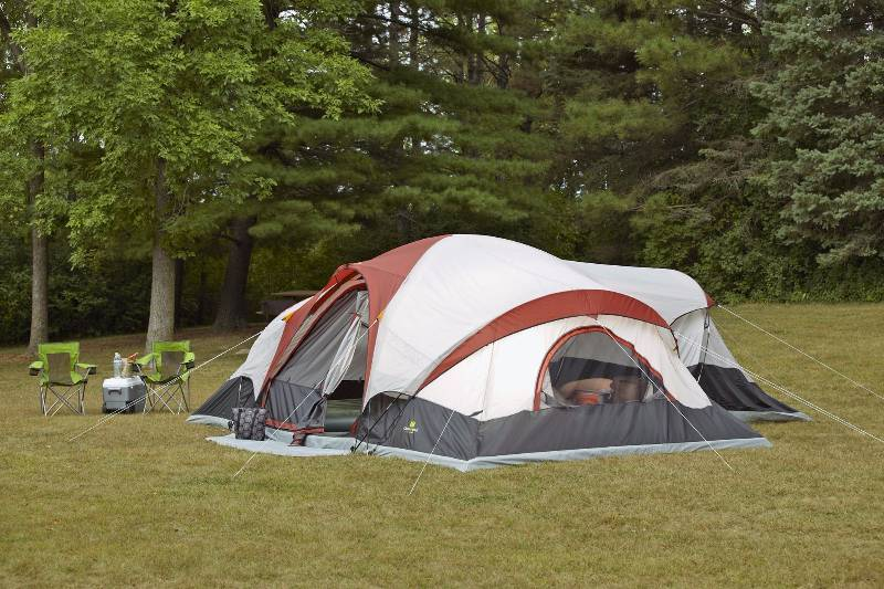 Outdoor Spirit 21u0027 x 17u0027 12-Person 3-Room Cabin Dome Tent | September High End Returns and Consignments #8 | K-BID & Outdoor Spirit 21u0027 x 17u0027 12-Person 3-Room Cabin Dome Tent ...