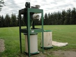 2011 General International Dust Vacuum