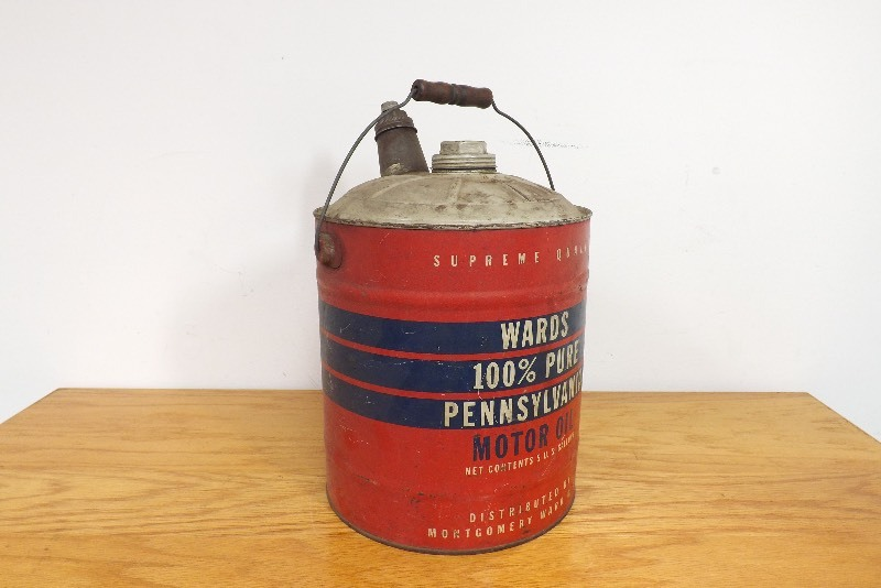 Vintage wards 5 gallon motor oil can ec 178 estate for Gallon of motor oil