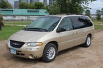 2000 Chrysler Town & Country Lxi - 2 Owner -