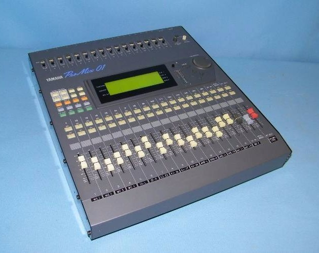 Yamaha 16 channel pro mix 01 professional digital audio for Yamaha mixing boards