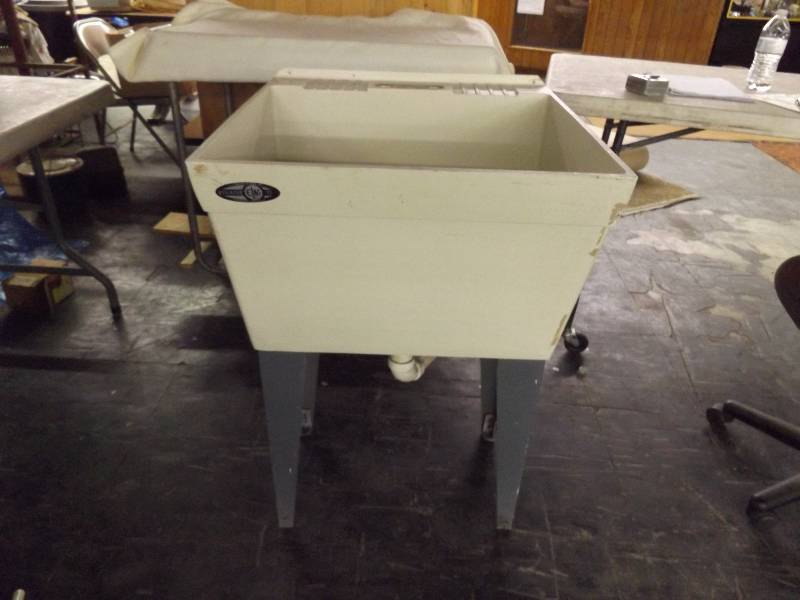 Mustee Utility/Laundry Tub Sink | November Consignment ...