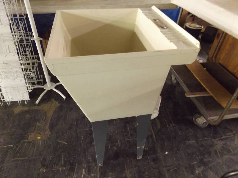... Mustee Laundry Sink 10 By Mustee Utility Laundry Tub Sink November  Consignment ...